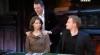 Башаров трогает плечи транса и пытается определить это мужские или женские плечи