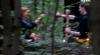 Шепс и Керро проводят ритуал в лесу